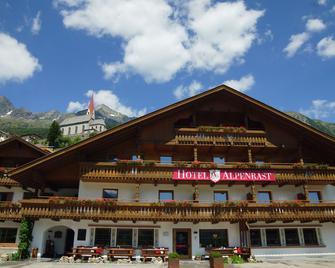 Berghotel Alpenrast - Riva di Tures - Gebouw
