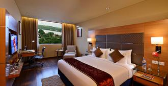 Country Inn & Suites by Radisson Goa Panjim - Panaji - Schlafzimmer