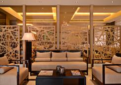 Country Inn & Suites by Radisson Goa Panjim - Panaji - Lounge
