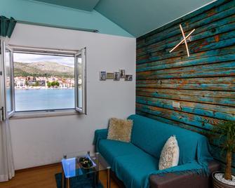 Villa Jidro - Trogir - Living room