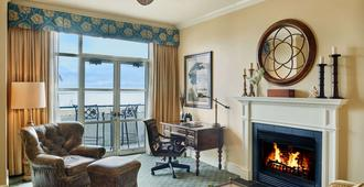 Harbourview Inn - Charleston - Olohuone