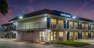 Motel 6 College Station, Tx - Bryan - College Station
