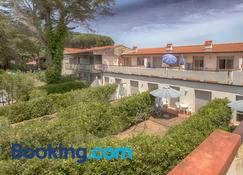 Residence Airone - Orbetello - Building