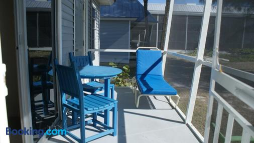 Shalimar Cottages and Motel - Sanibel - Balcony