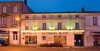 Citotel Le Cheval Blanc - Cognac - Edificio