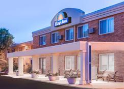 Days Inn by Wyndham Sioux Falls Empire - Sioux Falls - Edificio
