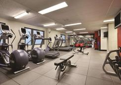 Embassy Suites by Hilton Montreal - Montreal - Gym