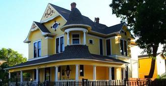 Three Danes Inn - Fort Worth - Edificio