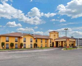 Quality Inn St. Robert - Ft. Leonard Wood - St Robert - Building