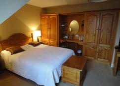 Bambury's Guesthouse - Dingle - Bedroom
