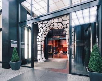 Pullman Berlin Schweizerhof - Берлін - Building
