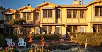 Cottage Inn By The Sea - Pismo Beach - Edificio