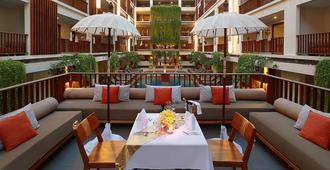 The Magani Hotel and Spa - Kuta - Restaurant