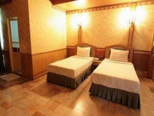 Hotel 13 Coins Resort Bang Na - Bangkok - Bedroom