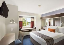 Microtel Inn & Suites by Wyndham Louisville East - Λούισβιλ - Κρεβατοκάμαρα