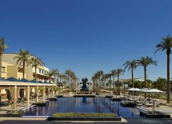 Jumeirah Messilah Beach Hotel And Spa - Kuwait City - Outdoor view