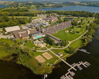 Arrowwood Resort And Conference Center - Alexandria - Venkovní prostory