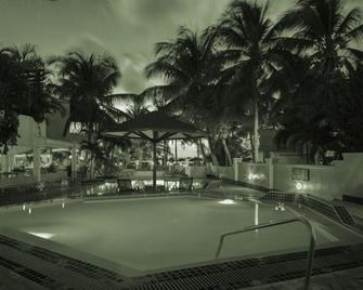 Atrium Resort & Spa - Simpson Bay - Pool