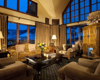 The Pines Lodge, A Rockresort - Beaver Creek - Obývací pokoj