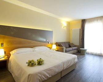 Harmony Suite Hotel - Selvino - Slaapkamer