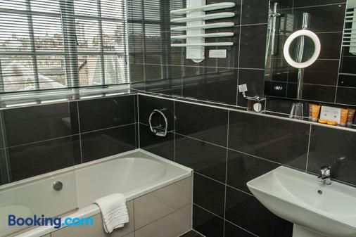 The Studley Hotel - Harrogate - Bathroom