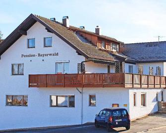 Pension Bayerwald - Frauenau - Budova
