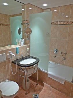 Hotel Arte Schwerin - Schwerin (Mecklenburg-Vorpommern) - Bathroom