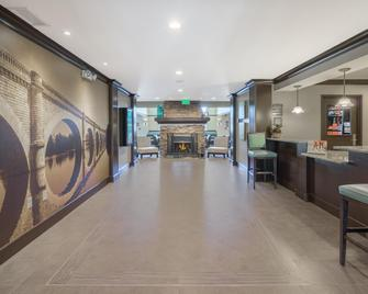 Staybridge Suites Wilmington-Newark - Newark - Lobby
