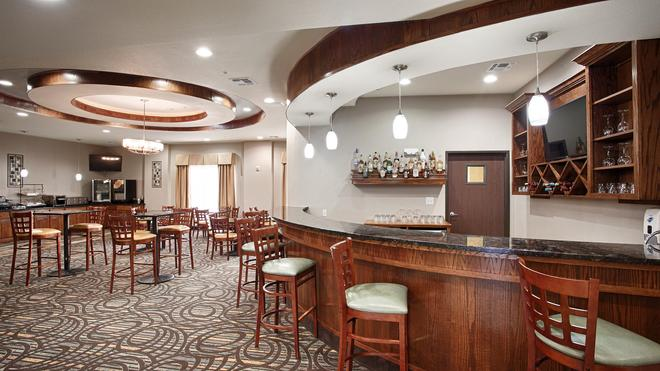 Best Western PLUS Fort Worth Forest Hill Inn & Suites - Forest Hill - Bar