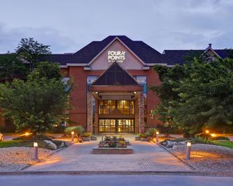Four Points by Sheraton St Catharines Niagara Suites - Thorold - Gebäude