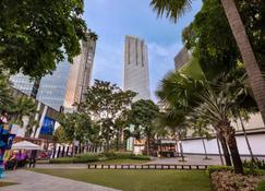 Shangri-La The Fort, Manila - טאגיג - בניין