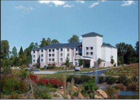Baymont by Wyndham, Mooresville - Mooresville - Building