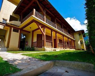 Pousada Nusa Dua Maresias - Maresias - Edificio