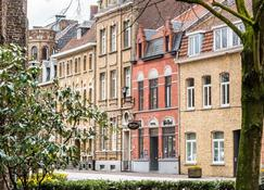 Main Street Hotel - Ypres - Rakennus