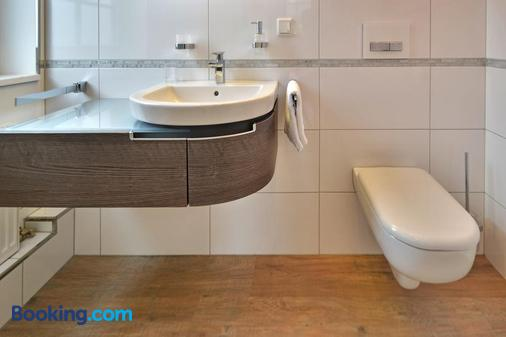 Zur Goldenen Sonne - Usingen - Bathroom
