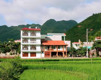 Mai Chau Valley View Hotel - Mai Châu - Building