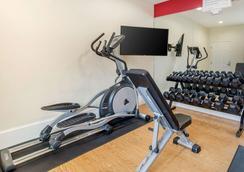 Econo Lodge Inn and Suites Houston Willowbrook - Houston - Gimnasio
