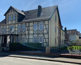 Gästehaus am Kurpark - Horn-Bad Meinberg - Building