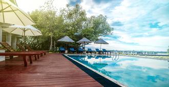 Amagi Aria - Airport Transit Hotel - Negombo - Negombo - Havuz