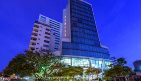 NH Collection Barranquilla Smartsuites Royal - Barranquilla - Edificio