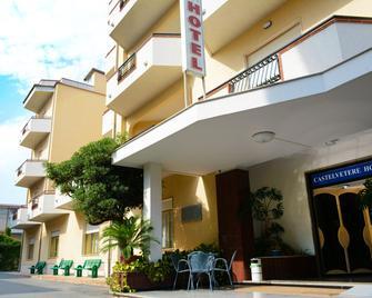 Castelvetere Hotel - Caulonia - Building