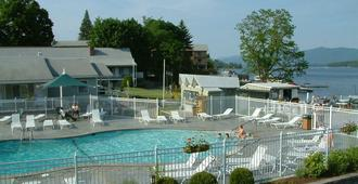 Marine Village Resort - Lake George - Piscina