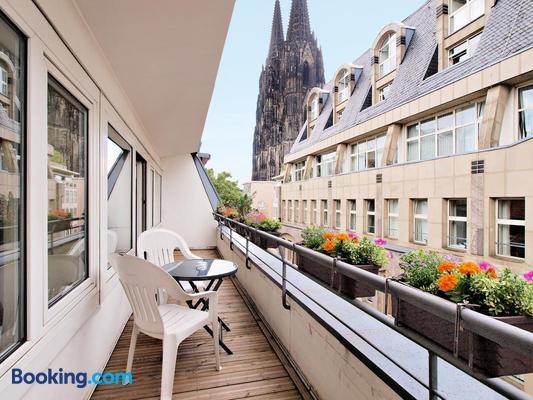 Callas Hotel am Dom - Cologne - Balcony