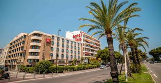 ibis Nice Aéroport Promenade des Anglais - Nizza - Edificio