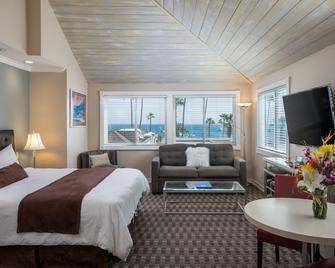 Glenmore Plaza Hotel - Avalon - Schlafzimmer