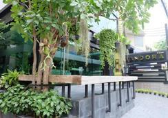 Aspira D'Andora Sukhumvit 16 - Asoke - Bangkok - Outdoor view