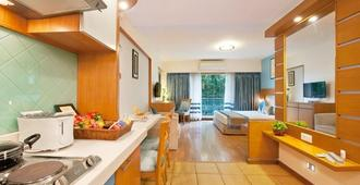 Grand Residency Hotel & Serviced Apartments - מומבאי - חדר שינה