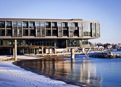 Farris Bad - Larvik - Building