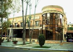ماي واي بولوفارد هوتل - Gyandzha - مبنى