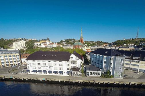 Clarion Hotel Tyholmen Arendal - Arendal - Building